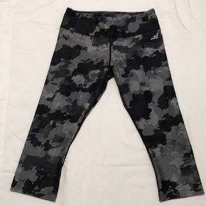 BCG FITTED RUNNING CAPRI PANT